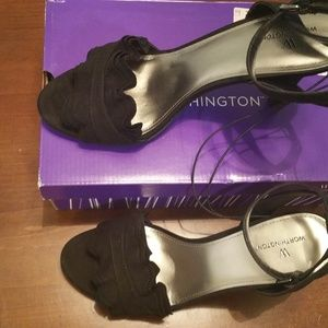 Worthington Black Heels Size 10
